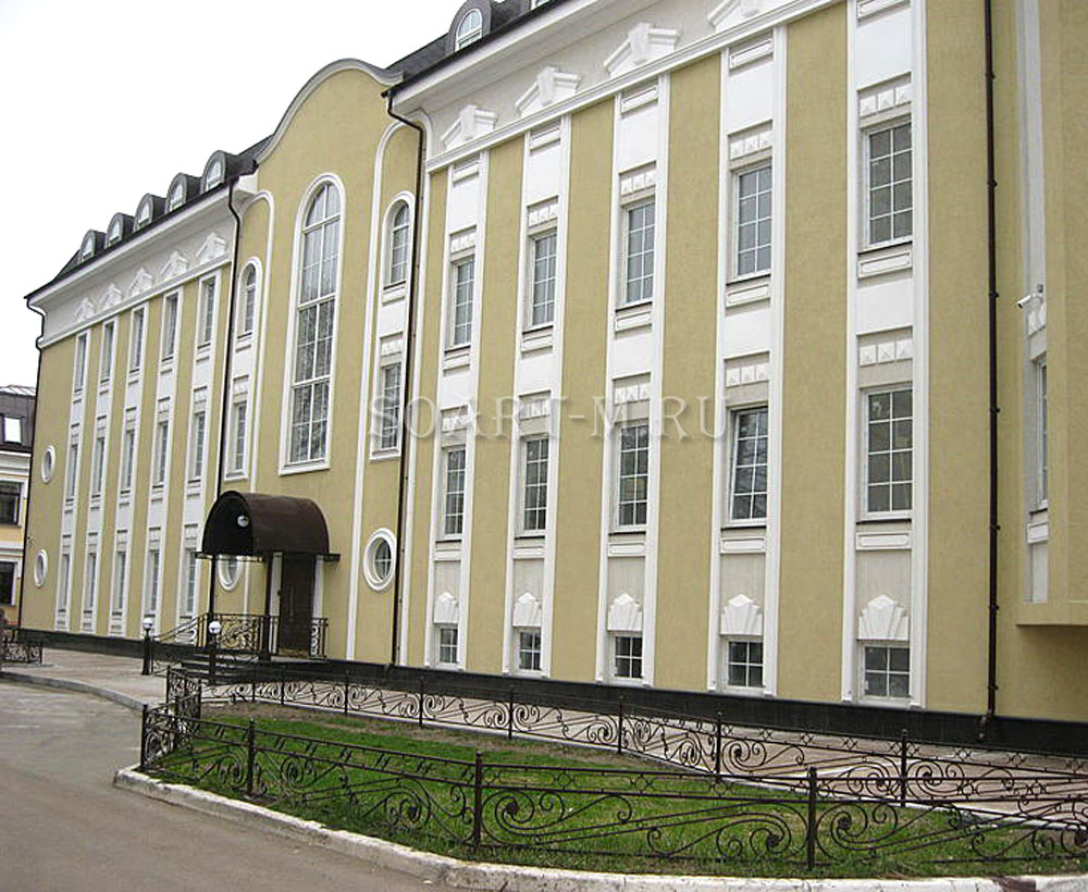 фасады административных зданий
